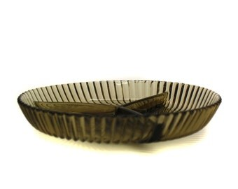 Vintage Smoked Glass Divided Candy Dish (E5600)