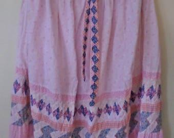 Sweet Vintage 70's / 80's patchwork quilt skirt