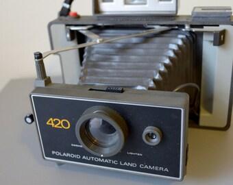 Wow -Vintage Polaroid  Model 420 Land Camera