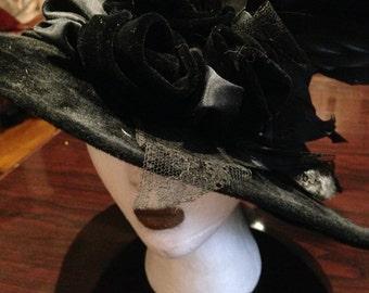 Vintage Deco handmade black wool felt brimmed hat
