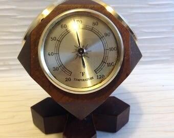 Jason Barometer, Revolving desk Weather Station. Vintage 1960. temperature