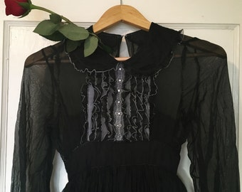Vintage Witchy Dress in Black Swiss Dot Chiffon and Full Skirt with Net Pettiskirt ~ Witch Gothic Mourning Gown Occult Romantic XXS XS