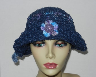 Ladies Fashion Hat w/ Turned Up Brim