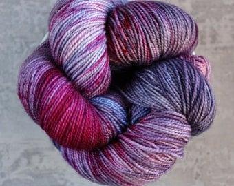 Speckled Yarn - Knitting Yarn - Hand Dyed Sock Yarn - Lilac Lavender Purple Yarn - Superwash Merino - Fingering Yarn - 400 yards - REVERIE