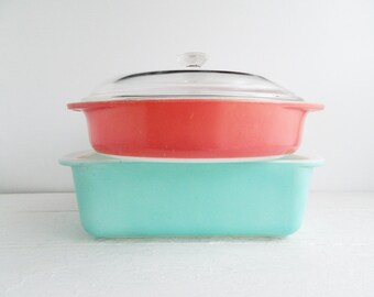 Vintage Pyrex Casseroles - Aqua Loaf Pan & Flamingo Pink Covered Round Dish - Baking Dishes