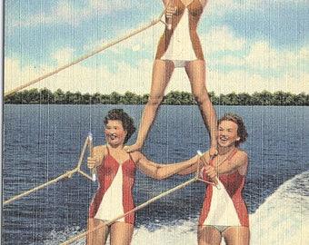 Cypress Gardens, Florida, Aqua Maids, Pyramid - Linen Postcard - Vintage Postcard - Unused (D)