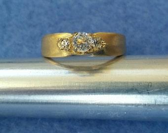 Vintage Espo Esposito Faux Diamond Three Stone Engagement Ring 14KT GE size 6.25 gold plated