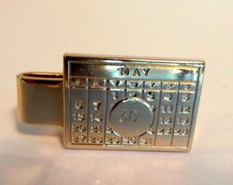 Vintage CALENDAR Tie Clip MAY 30, Gold Tone, Pat. PendingMen's Accessory Necktie