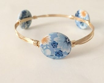 Blue Flower Shell Wire Wrapped Bangle Bracelet