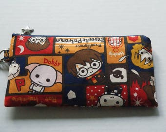 """Mask Zipper Pouch with Pocket Made with Japanese Cotton Oxford Fabric """"Harry Potter and Friends"""" Navy/Red  Size: Medium"""