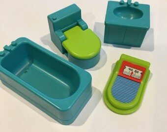 Fisher Price Little People bathroom tub Blue Sink and scale toilet