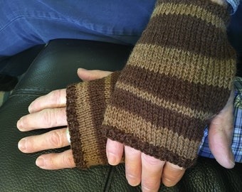 Mens hand warmers hand knit in warm wool