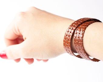 Leather Bracelet / Slim Wrap Cuff / Basuketto