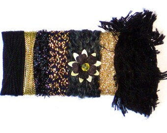 Black Fiber Bundle - Black & Gold Metallic Yarn Sample Card - for Gift Wrapping, Felting, Jewelry, Doll-Making, Millinery Supplly, etc - C9B