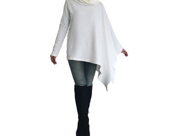 Gift for her/ Oversize sweater/ White poncho/ White sweater/ Plus size sweater/ Plus size poncho/ Poncho sweater/ Oversize tunic/  Plus size