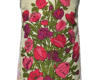 Metro Retro 'Bunch of Flowers' Vintage Tea Towel HANDMADE Apron   - Mother's Day OOAK, upcycled.    Birthday Gift  Idea