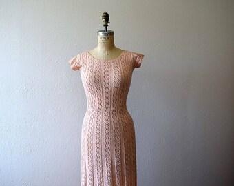 1940s knit dress . vintage 40s peach knit dress