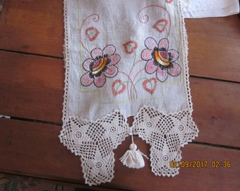 Stunning Vintage TableRunner/DresserScarf/Arts and Crafts Embroidery, arts and crafts era, arts and crafts decor