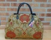 Carpet Bag, Weekender Bag, Overnight Bag, Mary Poppins Bag, Weekend bag, Fabric Bag.