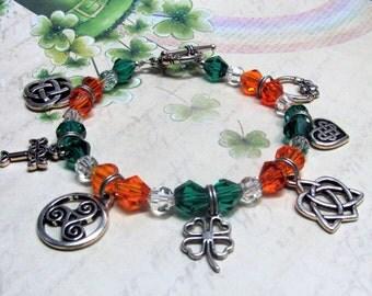 St. Patrick's Day Charm Bracelet, Celtic Charm Bracelet, Green Charm Bracelet, Irish Charm Bracelet, Celtic Jewelry, Good Luck Bracelet