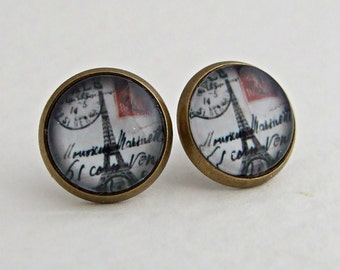 Eiffel Tower Earrings .. France earrings, landmark, France, postcard