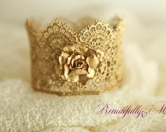 Newborn Crown 'Courenne Fleur d'Or'w flower Gold or Silver Crown Prop Newborn Baby Crown photo shoot, cake topper Beautiful Photo Prop Crown