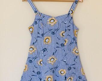 Vintage womens spring dress / sunflowers / blue / tank dress / size small