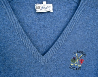 St. Andrews Golf Course CASHMERE SWEATER Made in Scotland Pullover V Neck Heather Blue Jayfor of Auchtermuchty Classic Vintage 80s