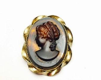 Intaglio Cameo Brooch, Victorian Design, Brown, Oval, Gold Tone, Vintage Figural, Item No. B482