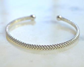 Braided Cuff|Texture Cuffs|Gold Cuffs|Simple Cuffs|Silver Cuffs|Bradied Bracelet