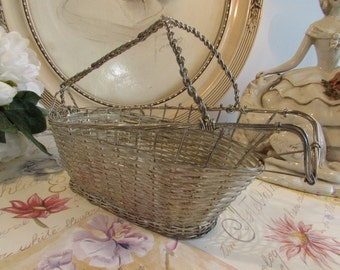 Vintage French wine server basket.