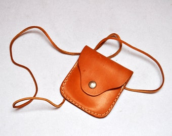 Vintage Small Camel Brown Leather Messenger Cross Body Coin Purse