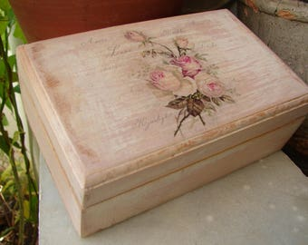 shabby chic roses box,French distressed,pale pink painted box with floral decoupage