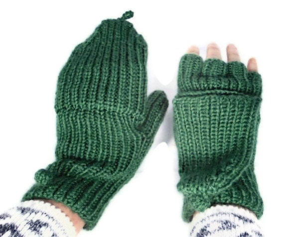 Knit Gloves Fun and colorful clothing accessories are nice to have around even for people who live in milder climates. A warm hat, a soft scarf or a pair of toasty knit gloves can be perfect to take along on any outdoor activity, especially evening activities, any time of the year.