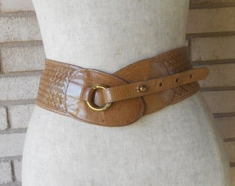 Vintage Shiny Woven Leather Trafalgar Wide Belt Light Brown Size Medium Made in USA