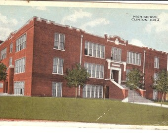 Vintage Postcard...Oklahoma, Clinton, High School..Used..no. OK0028