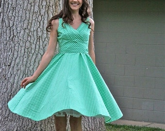 20% OFF Sale 50's/60's  Vintage Fit and Flare Dress, Polka-Dot Dress, Green Dress, 50's Retro Dress