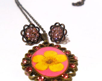 Bright Pink Flower Necklace, Yellow Buttercup Flower Pendant with matching earrings