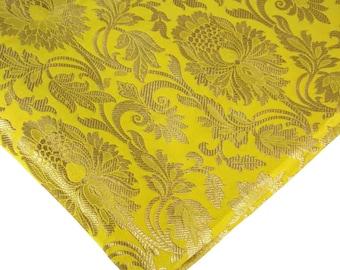 Amarillo limón y oro brocado a tejido por el yarda de tela del vestido, - brocado Banarasi, brocado de seda, brocado de la yarda - tejido indio