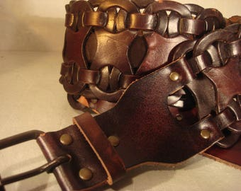 Boho 1990s Vintage Chocolate Brown Woven Braided Distressed Leather Belt