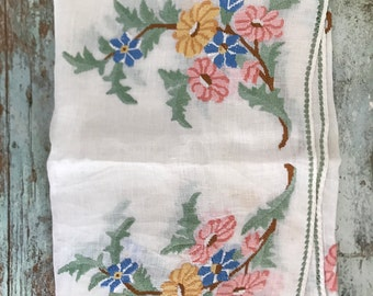 Vintage Embroidery Table Scarf