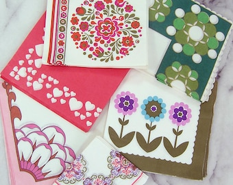 Vintage 1970s Paper Napkins Set, 96 Various Unused Mid Century Napkins with Mod Flowers, Hearts, Floral Geometric Designs, Party Napkins