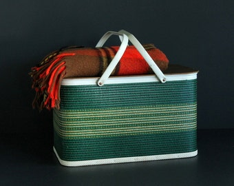 Vintage Picnic Basket Redmon Shades Of Green and White Woven With Double Metal Handles and Masonite Pressed Wood Hinged Lid