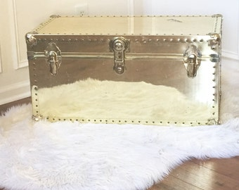 Vintage Brass Chest Bead Riveted Edge Reflective Trunk Hollywood Regency Glam End Table Mirror Finish Chinoiserie Chic Eclectic Home Decor