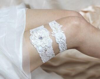 Ivory lace garter set, Something blue garter set, wedding garter set, wedding garters, bride garter belt, keepsake garter, toss garter