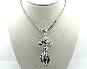Pick A Pearl Cage Necklace Silver Plated Fleur De Lis Charm Locket French Flower Lily New Orleans