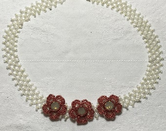 Bead Floral Necklace Bead Flower Necklace Beadwork Necklace Seed Bead Necklace Bead Daisy Necklace Garden Bead Necklace Red Flower Necklace