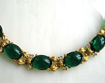 Green Lucite Bracelet, Thermoset Cabstone Ovals, Frost Gold Mini Leaf Links, Emerald Irish Green