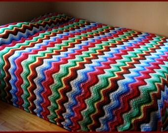 Vintage Knit Afghan Rainbow Waves LARGE