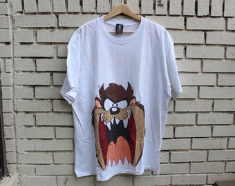 """Vintage TASMANIAN DEVIL """"Get Off My Tail"""" Novelty Shirt Size XL X-Large Warner Bros tag 100% cotton made in usa looney tunes cartoons"""